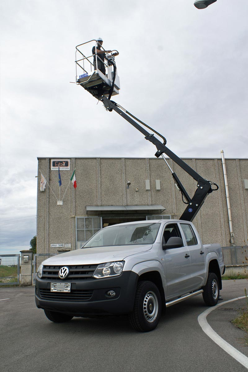 EasyLift ET090 – Telescopic platform on pick-up