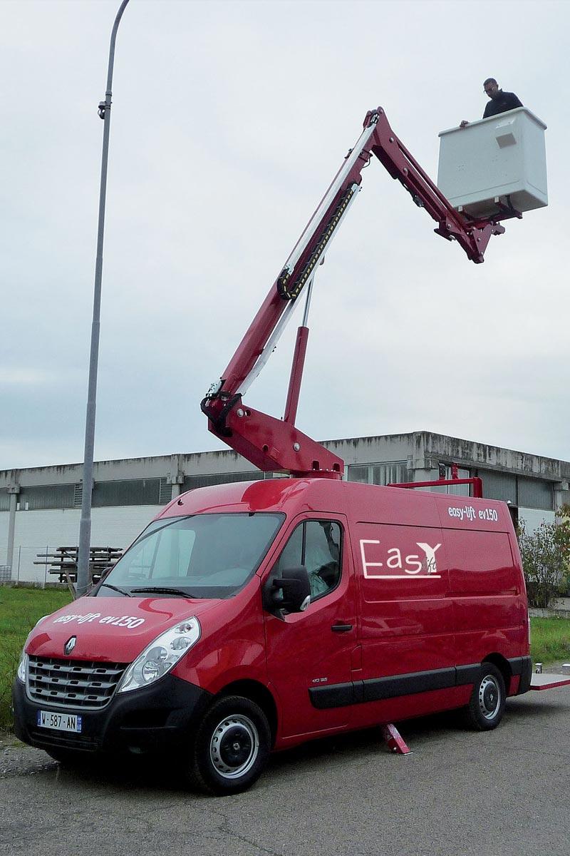 EasyLift EV150 – Van-mounted platform
