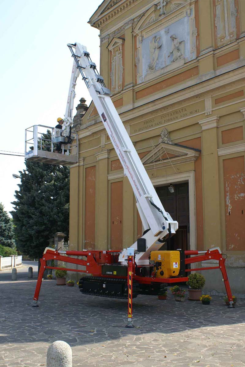 EasyLift R300/R300HY – Telescopic tracked platform