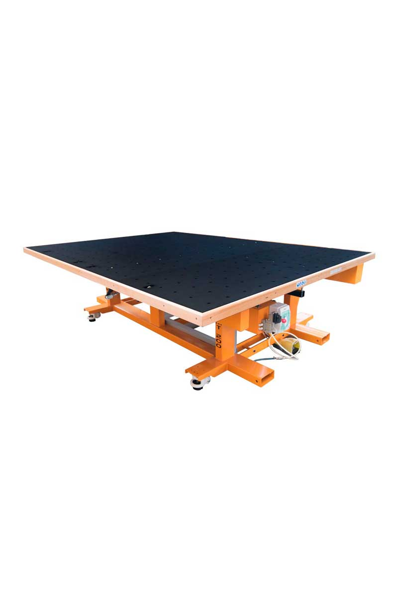 Turomas | Break-Out Table – Mt-200